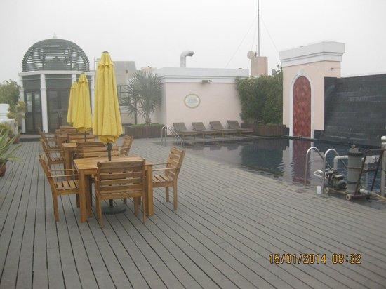 The Pllazio Hotel : The Bar area