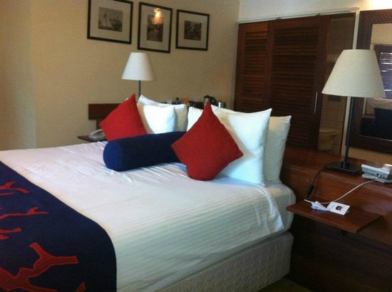 BEST WESTERN Coral Beach Hotel: the wonderful bed,nice to sleep