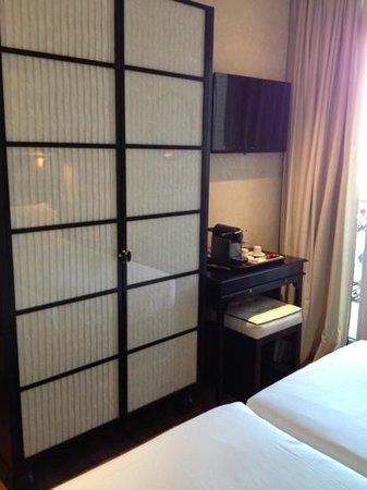 H10 Catalunya Plaza : la chambre 310
