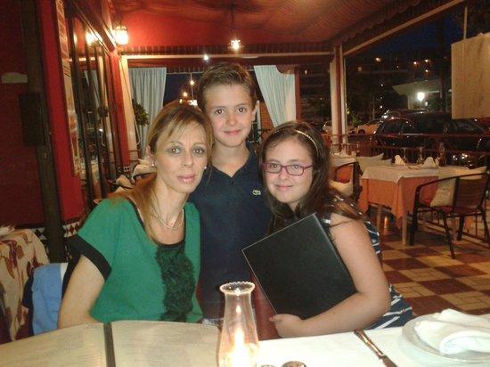 Restaurante El Trillo de Torremolinos: CENA EN FAMILIA
