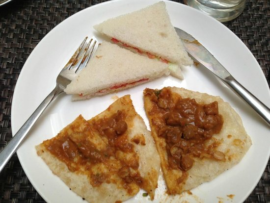 Saket 27: Some of the breakfast meal