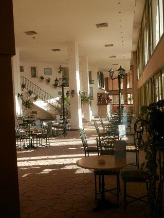 Sunny Days Palma De Mirette Resort & Spa: lobby/ bar