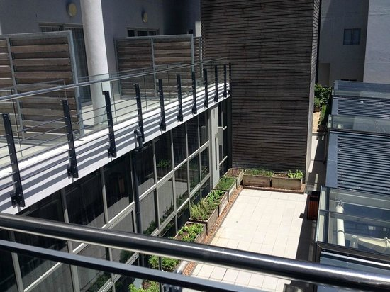 DoubleTree by Hilton Cape Town - Upper Eastside: Room 201 - view of other patios