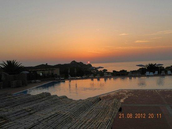 Calarossa Village: Senza Photoshop....