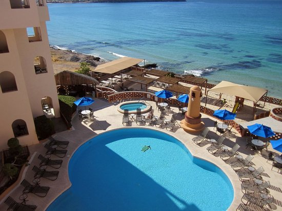 Sea of Cortez Beach Club: Pool & sea view from room