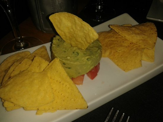 Gilda by Belgious : nachos con guacamole
