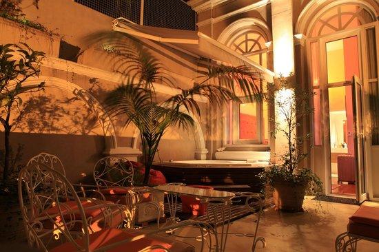Rendez Vous Hotel Buenos Aires : Terrasse de la chambre 22