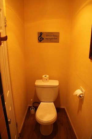Globetrotter Lodge: separate Toilette