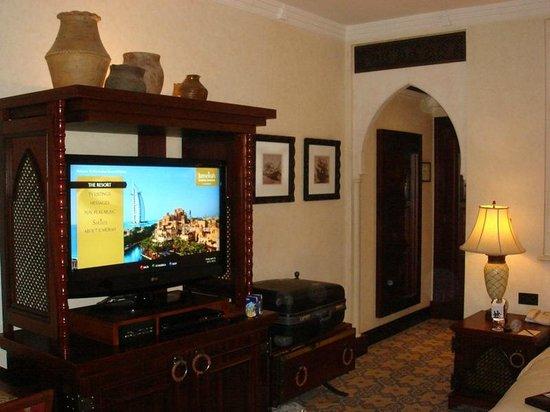 Jumeirah Mina A'Salam: TV