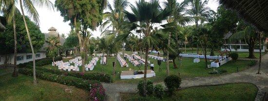 Sandies Tropical Village: Repas de Gala, 1 soir par semaine