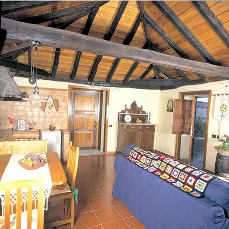 Casa rural el patio del naranjo villa reviews tenerife for Planimetrie della casa del patio