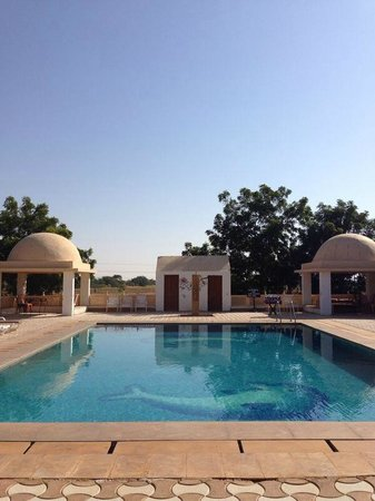 Mirvana Nature Resort and Camp: Picturesque pool acts as an oasis in the backdrop of the desert