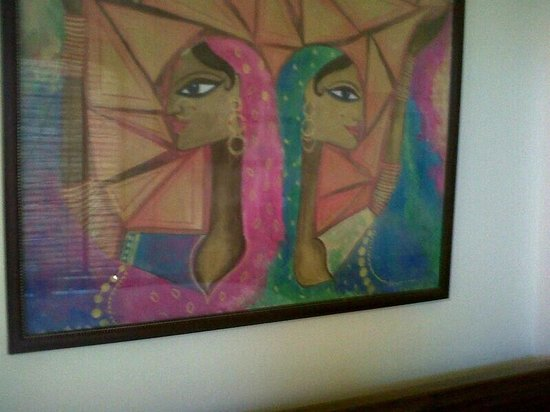 Mirvana Nature Resort and Camp: owner seems to be quite the connoisseur of art