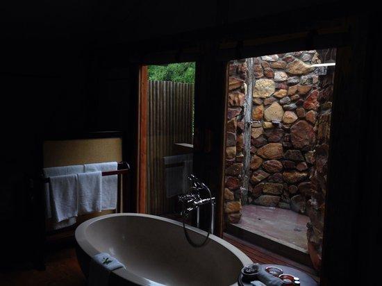 Botlierskop Private Game Reserve: Nice Bath!