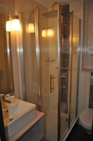Hotel Inn : salle de bain