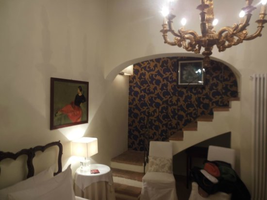 "B&B Al Battistero d'Oro  -:Ducesa"" room"