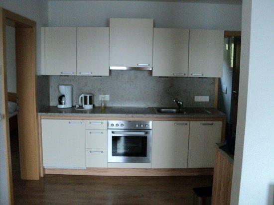Goetzfried Hof : Kitchen    2 Bed Apartment
