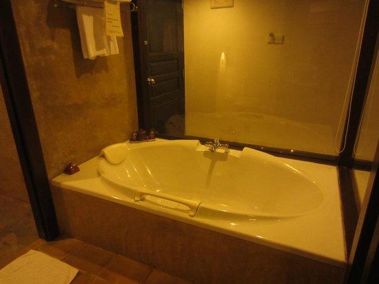 Jetwing Beach: bath