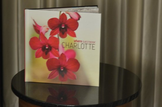 Hilton Charlotte University Place: Room
