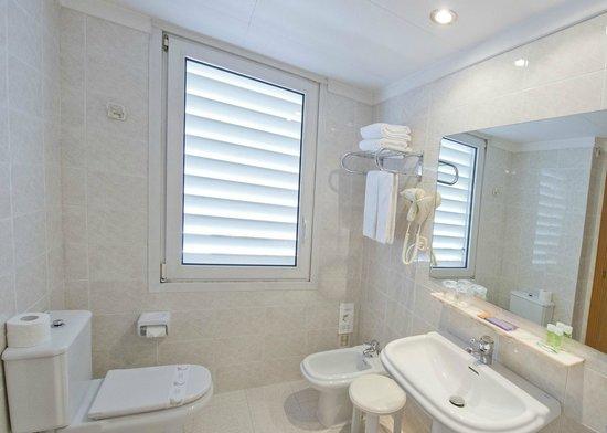 Hotel Borrell: baño