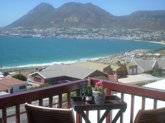 Simonsview: Sail Loft balcony view
