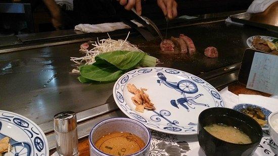 Kobegyu Steak Land Kobe: 神戸牛ステーキランチ