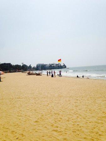 Mount Lavinia Beach : Beach