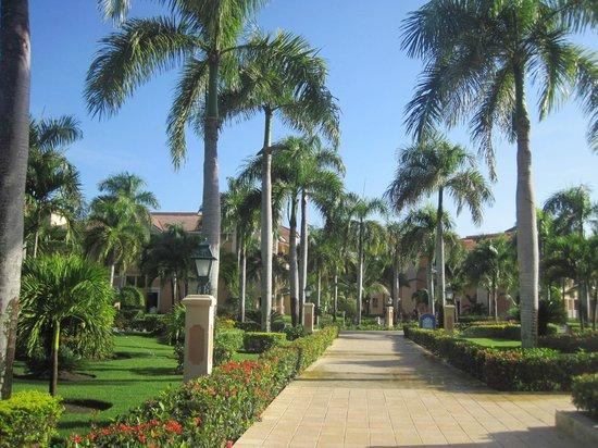 Grand Bahia Principe Bavaro : Passeiod o Hotel