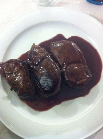Trattoria Nanin : Medaglioni di capriolo al vino rosso