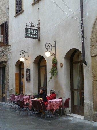 Bar Firenze: restaurant exterior