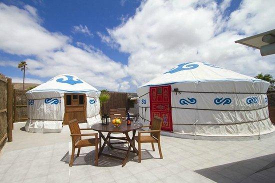 Finca de Arrieta: Chiquitita twin yurts