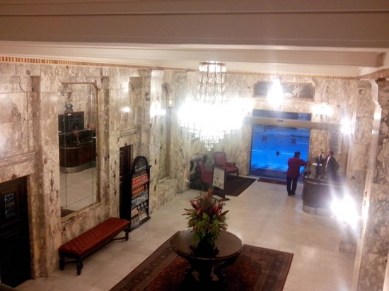 Hotel OK: Recepção