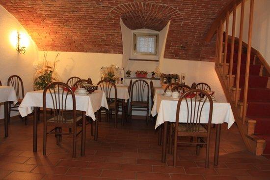 Mini Hotel Praiale: Saletta Colazioni