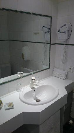 Hotel Lutetia : Salle d'eau