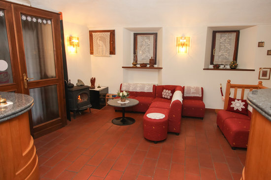 Mini Hotel Praiale: Hall
