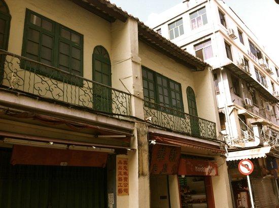 SanVa Hotel: Balcony rooms of the hostel