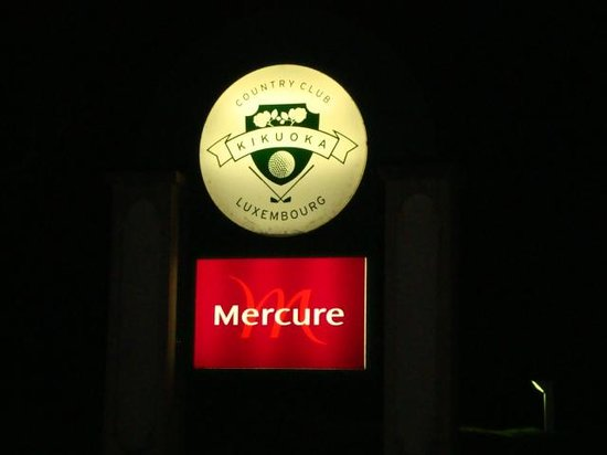 Mercure Kikuoka Golf Club: Sign on Scheierhaff