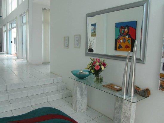 A Villa de Mer : The Foyer