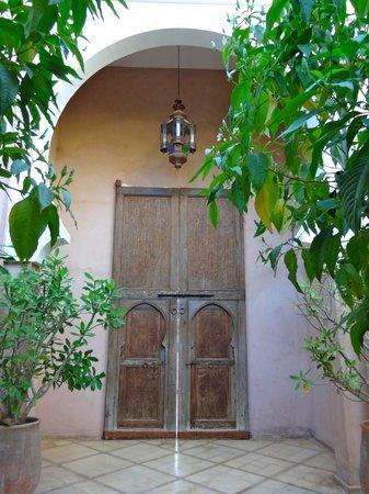 Riad des Golfs: patio d'entrée