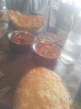 Shiva's : Riso, naan, Lamb Madras e Lamb Vindaloo