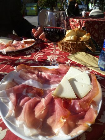 Bar Dante: Super meat/cheese plate!