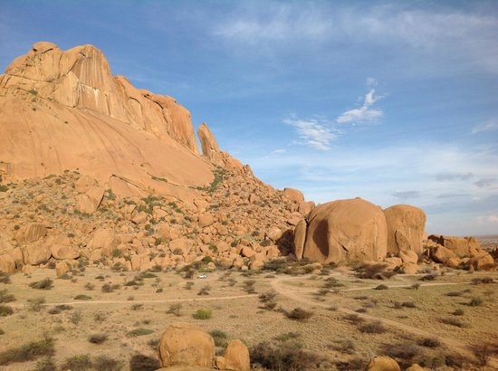 Spitzkoppe Campsites: View of other campsites