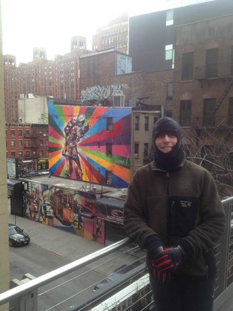 City Running Tours: graffiti art along trail in lower Manhattan