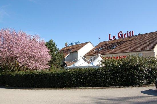 Logis Hôtel Le Grill : exterieur comfort hotel restaurant le grill
