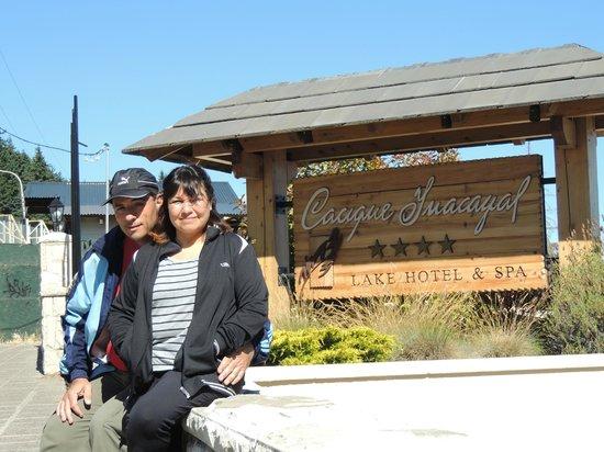 Cacique Inacayal Lake & Spa Hotel: Entrada