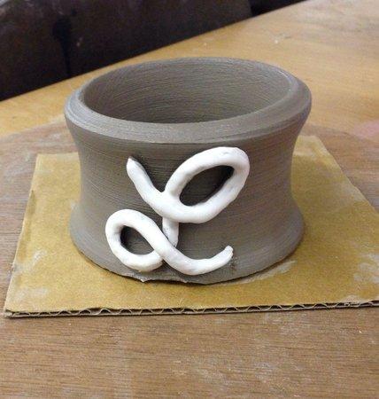 Eastnor Pottery & The Flying Potter : Little pot