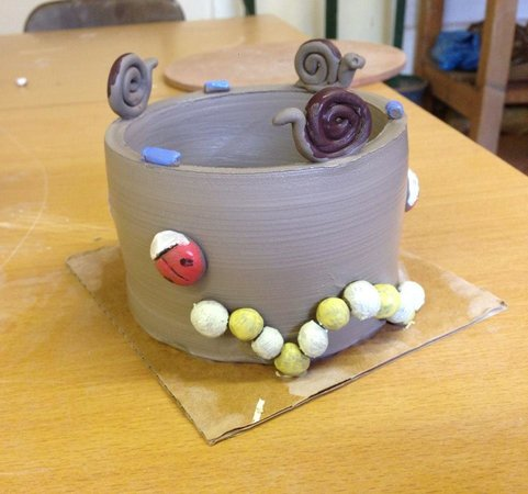 Eastnor Pottery & The Flying Potter : Big pot