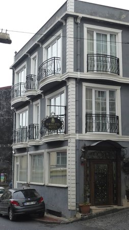 Basileus Hotel: facciata