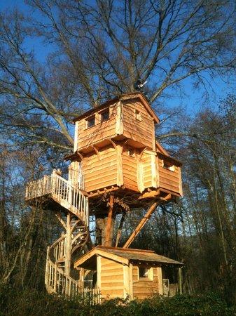 Les cabanes du moulin specialty b b reviews orly sur morin france - Les cabanes du trappeur ...