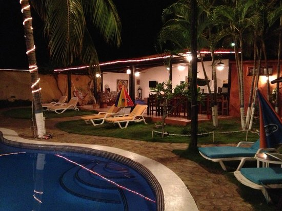 Posada Villa Del Sol: Vista de noche